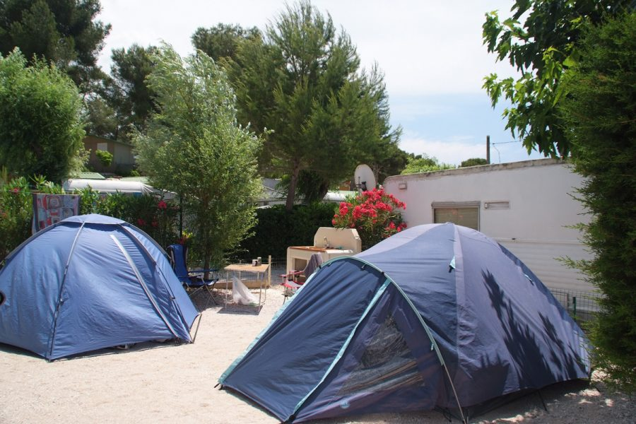 Camping La Source : Descriptif Emplacements Nus 1