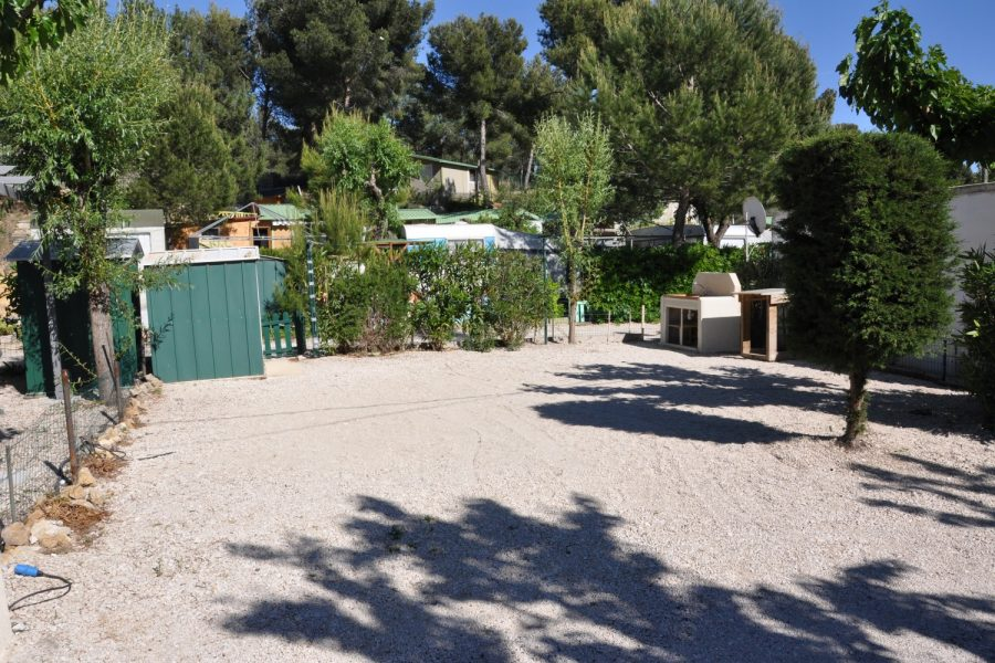 Camping La Source : Descriptif Emplacements Nus 8