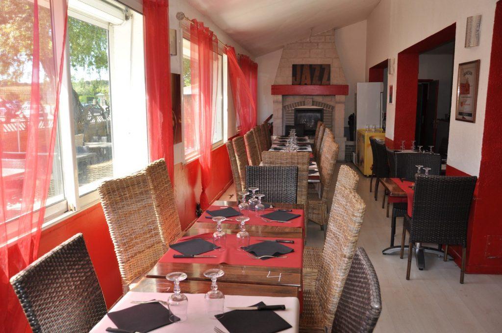 Camping La Source : Descriptif Restaurant 10