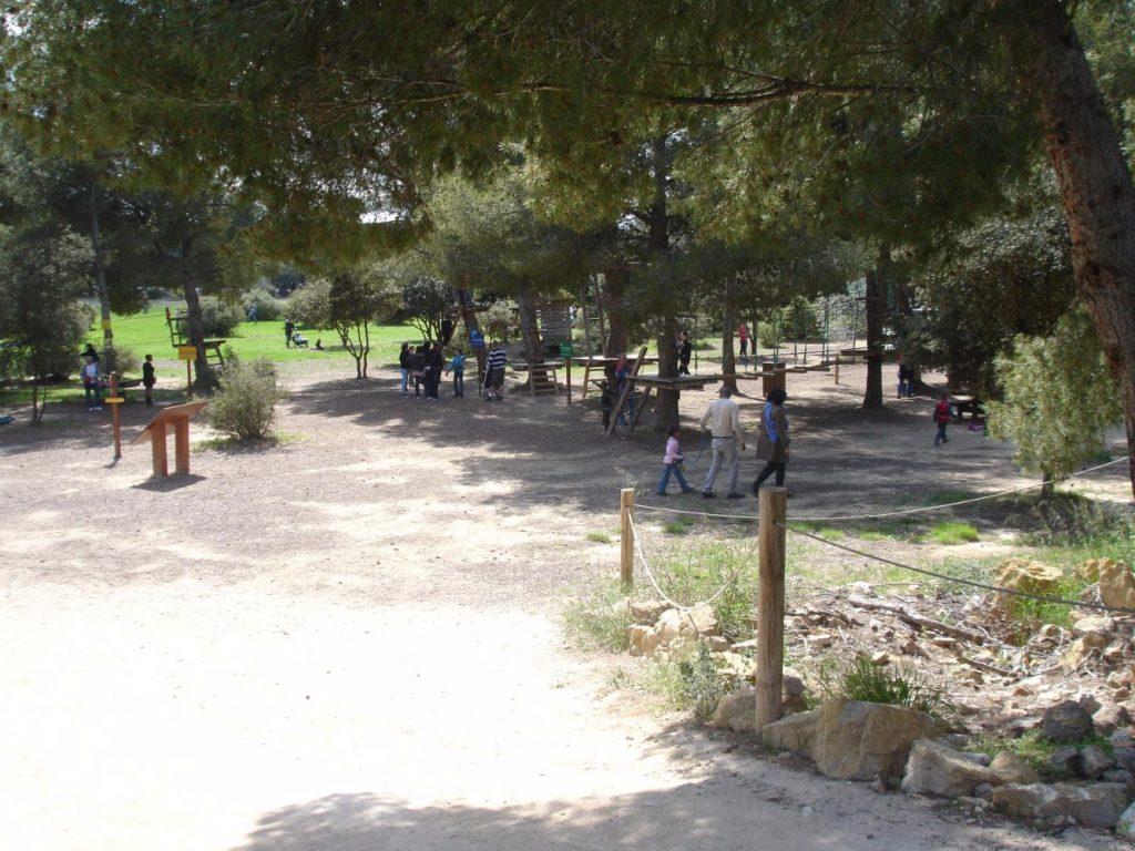 Camping La Source : Sorties En Famille parc